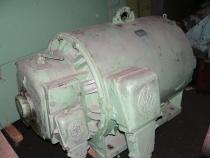 Motor 210 kW + Anlasser